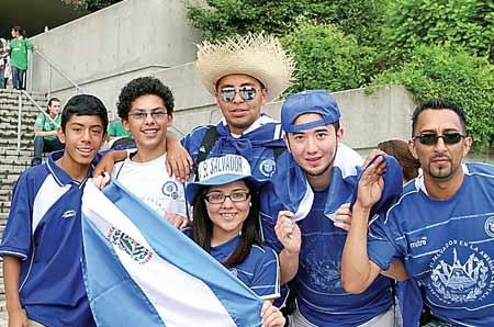 Guanacos - salvadoreños campeones
