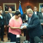 Thumbnail Presupuesto de la Nación 2017 El Salvador: Monto total y detalles