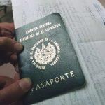 Thumbnail Sacar pasaporte en El Salvador: Requisitos, costo y otra informacion