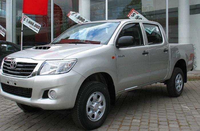 marcas de carros mas vendidos en El Salvador