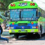 Thumbnail ¿Cuándo comenzaran a funcionar los buses y coasters en El Salvador?