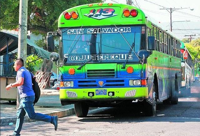 imagen un bus de el salvador