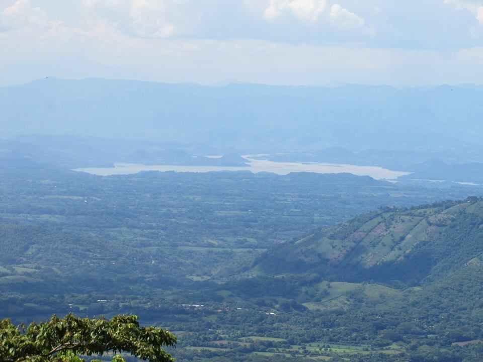 Vista al Rio lempa desde el cerro pacayal