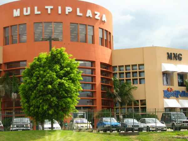 Multiplaza_Salvador