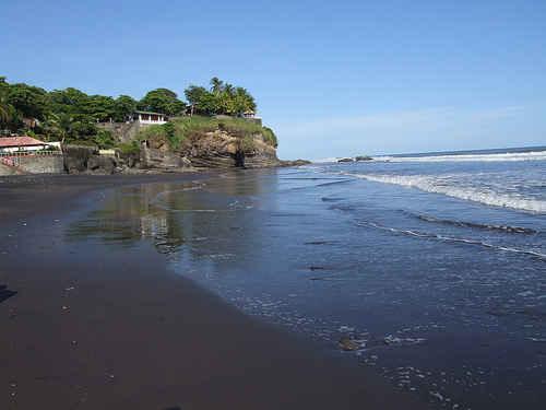 Thumbnail Playa El Zonte