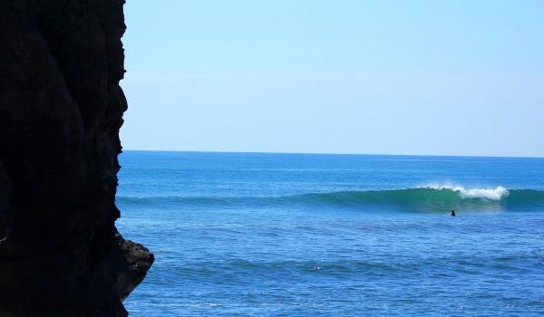 Playas para hacer Surf en El Salvador Mizata
