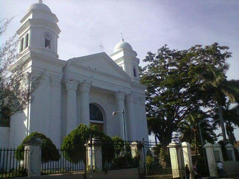 Thumbnail Imagen con la iglesia de Sonsonate